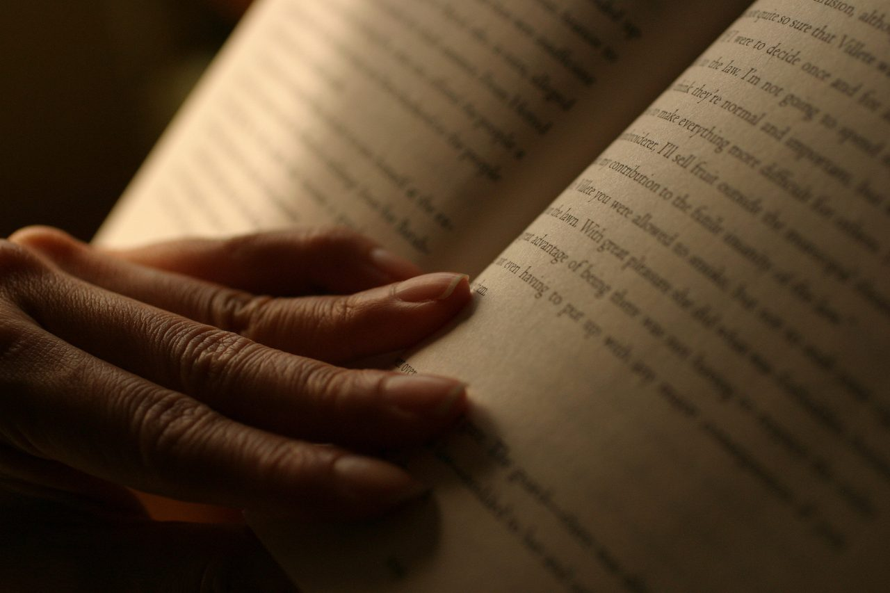 How To Read: 7 Simple Reading Strategies To Help You Read ...